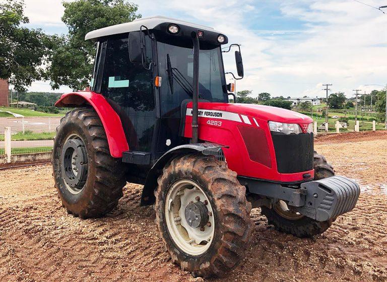 Trator Massey Ferguson 4283/4 2016 Cabinado