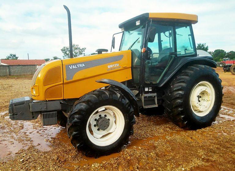 Trator VALTRA BM125i 2010